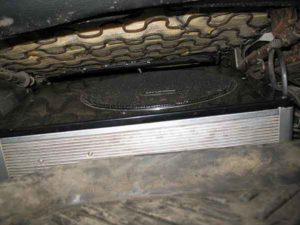 Активный сабвуфер под сиденье-4