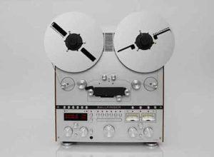 Современный катушечный магнитофон Ballfinger-1