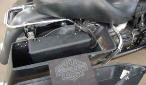 Установка акустики на Harley Davidson-11