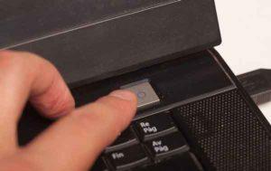 Как подключить ноутбук к телевизору-13