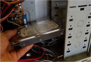 Как подключить жесткий диск к компьютеру-4