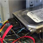 Как подключить жесткий диск к компьютеру-r