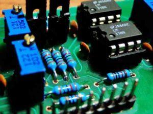Компоновка электронных элементов-0