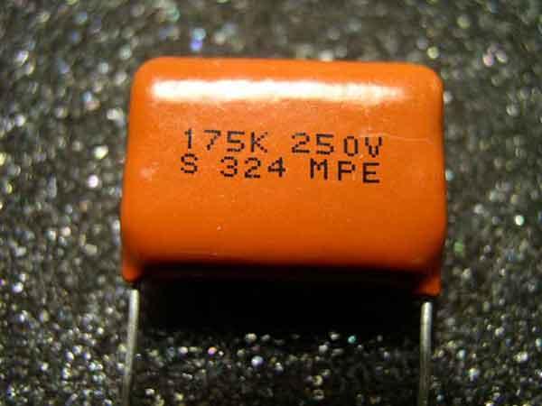 Маркировка конденсаторов расшифровка