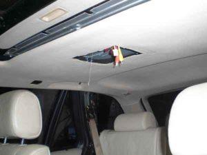 Установка потолочного монитора в машину-14