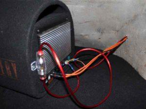 Подключение активного сабвуфера к магнитоле-9