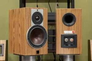 Полочная акустика-9