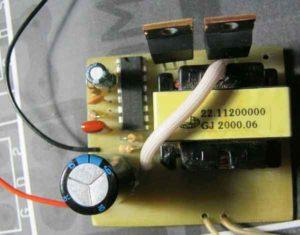 Преобразователь напряжения 12 220 вольт своими руками-1