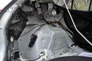 Установка камеры заднего вида на автомобиль-15