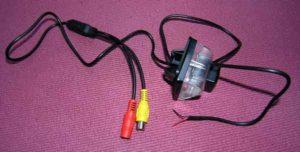 Установка камеры заднего вида на автомобиль-2