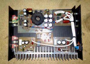 Автомобильный усилитель звука-23