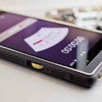 Экран смартфона как громкоговоритель