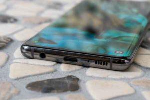 Смартфон Samsung Galaxy S10-2