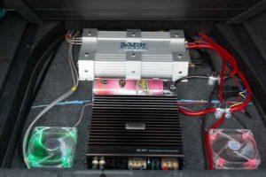 Усилитель звука в машину-0