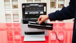 Замена картриджа в принтере-2